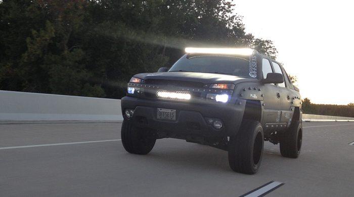 3 tips to choosing the best led light bar for your truck dailycarblog led lightbar for your truck 2018 dailycarblog aloadofball Images