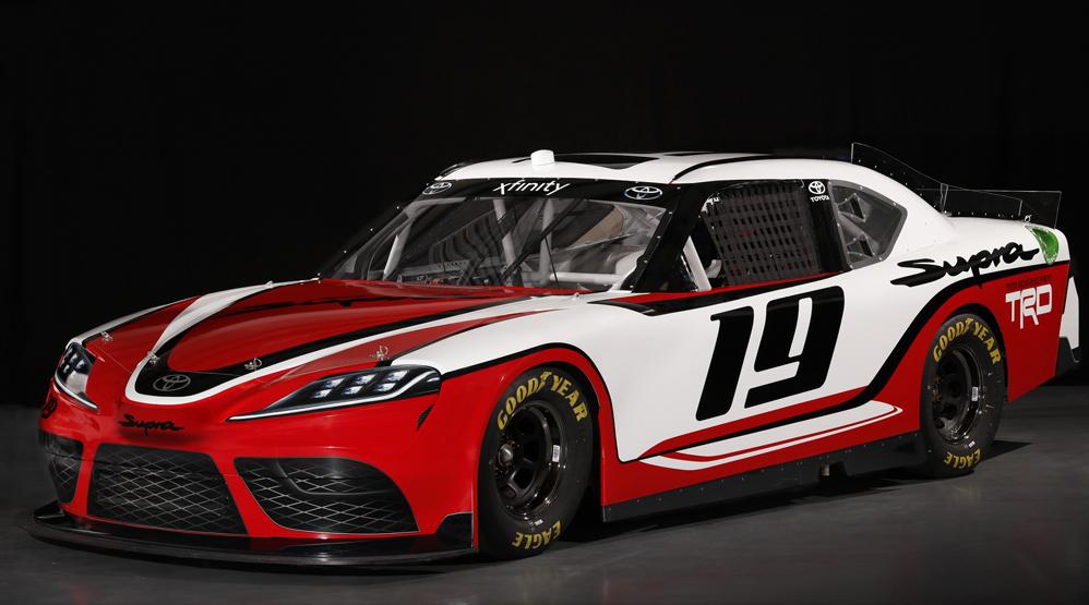 Toyota Supra Xfinity, NASCAR, dialycarblog.com