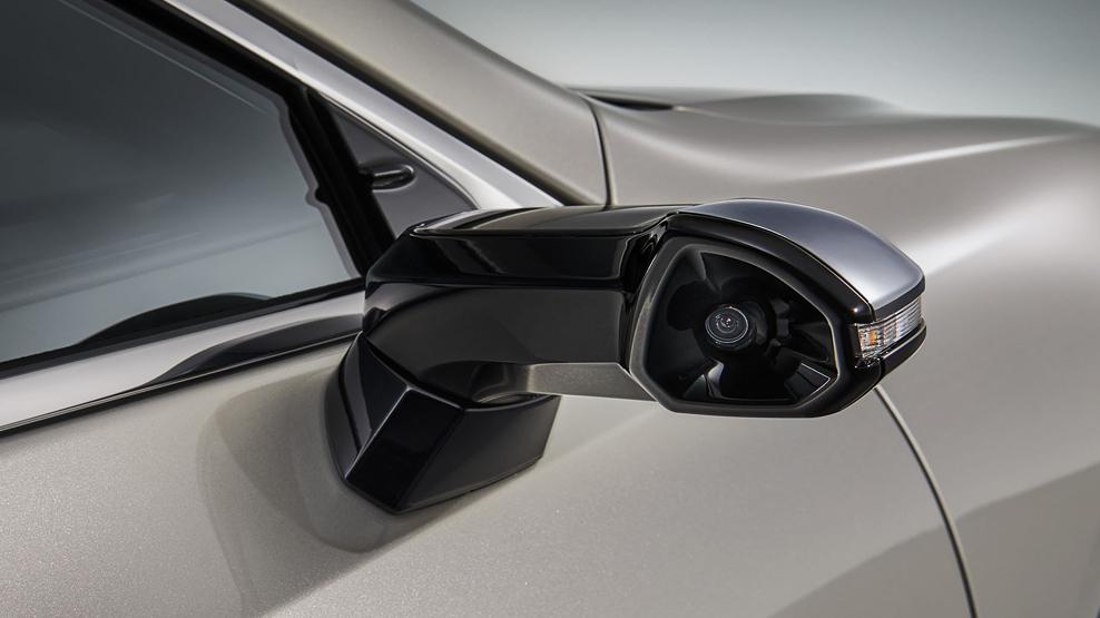 Lexus ES, digital wing mirrors, the camera, dailycarblog.com